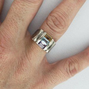 925 Sterling Silver Cut Glass Ring Size 7